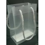 custom shopping handle forosted plastic gift bag/plastic packaging pp bag for garment/printed LOGO promotion bag
